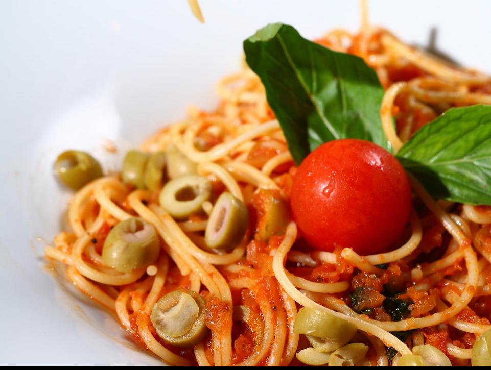 How To Make Pasta With Delicious Tomato Sauce?